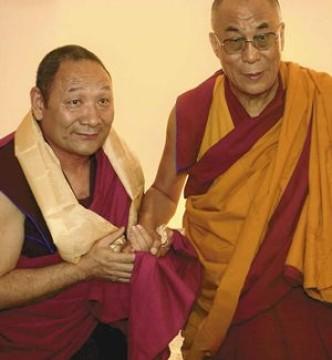 https://sakya.net/wp-content/uploads/2015/02/Lama-Migmar-Dalai-Lama-332x360.jpg